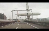 TransAsia plane crash on cam! | Taipei | 04 02 2015