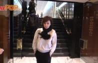 (粵)離婚後首現身香港 關之琳面露微笑
