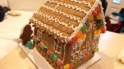 星島親善小姐 畢瑾瑜Build a Gingerbread House With Me!