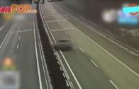 (粵)山東高速爆軚狂炒 麵包車兩人當場死亡