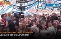 德國酒保捧27杯一公升啤酒 行40米路刷新世界紀錄