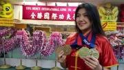 2017星島十二月封面佳麗–孟碧紅Elina Meng